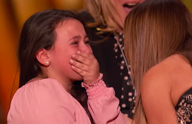 'AGT': 10-Year-Old Singer Grabs Sofia Vergara's First-Ever Golden Buzzer With Cover of Lady Gaga's 'Shallow'