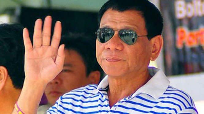 Duterte Ajukan Diri Jadi Relawan Uji Coba Vaksin Corona Buatan Rusia