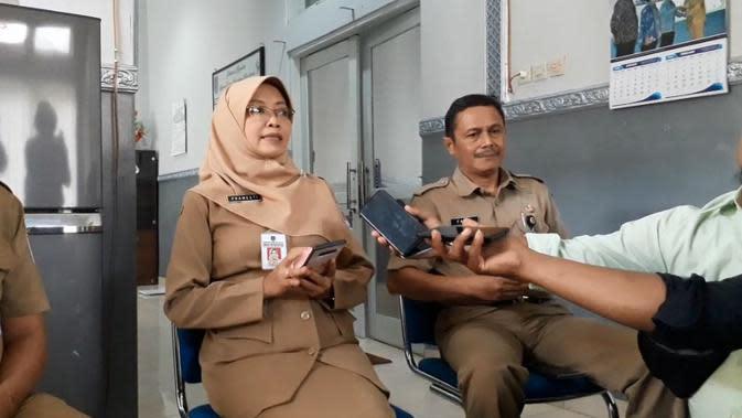 Pramesti Griana Dewi, Kepala Dinas Kesehatan Cilacap, menjelaskan dugaan seorang WNA China terjangkit virus Corona. (Foto: Liputan6.com/Muhamad Ridlo)