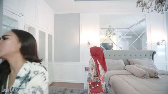 Rumah Bebizie. (YouTube/Shanty Denny / Captured via Brilio)