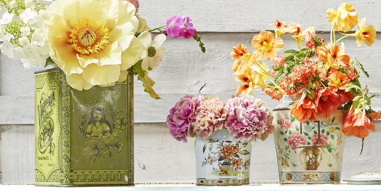 """<p>Decorating for Easter Sunday should be easy, fun, and something to look forward to—not a complicated chore. We know that, which is why we've compiled our very favorite Easter decoration ideas here. These super-simple, inspired projects will have your home looking pastel pretty in as little as an hour. Cheerful <a href=""""https://www.countryliving.com/home-design/color/a15958012/easter-colors/"""">Easter colors</a>, fresh spring flowers, and cute <a href=""""https://www.countryliving.com/diy-crafts/how-to/g1111/easter-crafts/"""">Easter crafts</a> abound here, along with bunny shapes, Easter egg motifs, and splashes of pom-poms galore. What's more, you'll be glad to know that nearly all of the DIY ideas we've compiled double as excellent Easter gifts. If you've been looking for something extra to slip into your little ones' <a href=""""https://www.countryliving.com/diy-crafts/g3099/easter-basket-ideas/"""">Easter baskets</a> or to tote along to a friend's Easter brunch, we've got you covered. </p><p>But our favorite aspect of these fun projects would have to be the kid-friendly nature of many of them. Even the more sophisticated options—from bunny garlands to outdoor Easter decorations for your porch and a few <a href=""""https://www.countryliving.com/diy-crafts/how-to/g1282/easter-egg-decorating-ideas/"""">Easter egg decorating ideas</a> thrown in for good measure—can be made with your children by your side. So what are you waiting for? These easy Easter decorations are certain to make your holiday a whole lot <em>hoppier. </em>Let's get crafting!<br></p>"""