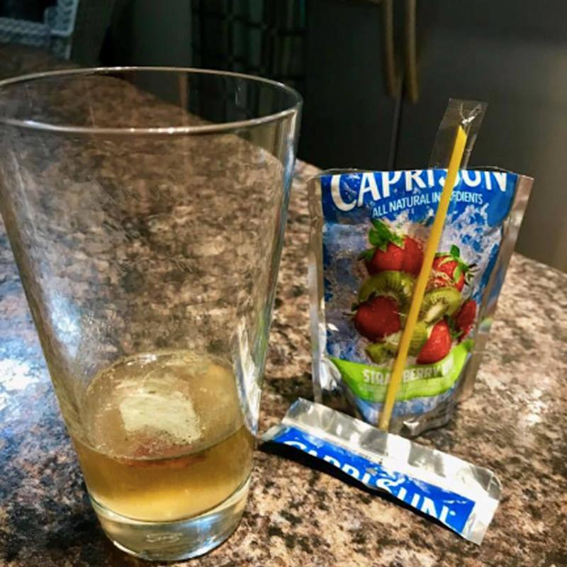 Indiana father finds mould in his daughter's Capri Sun juice pack.