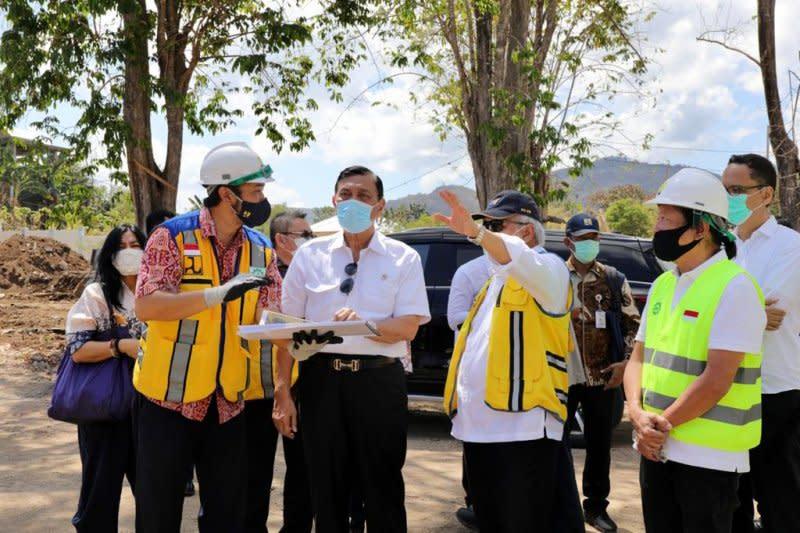 Luhut: Pemerintah akan tertibkan kapal asing yang masuk Labuan Bajo