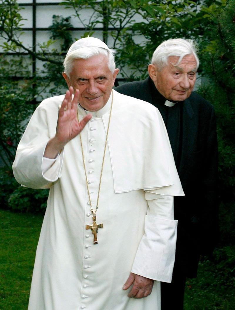Georg Ratzinger with Pope Benedict - Daniel Karmann/EPA-EFE/Shutterstock