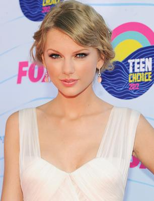 Taylor Swift to Release New 'Red' Album in October