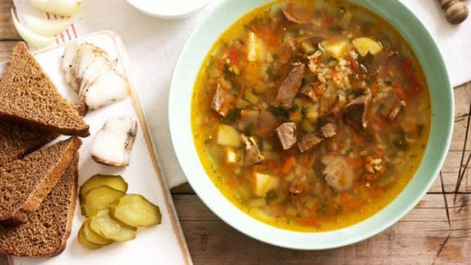 Ilustrasi soto daging (Photo on Freepik)