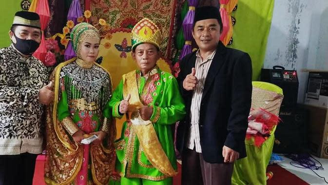 Heboh kakek 68 Tahun menikahi gadis berusia 26 tahun di Gorontalo. (Foto: Liputan6.com/Medsos)