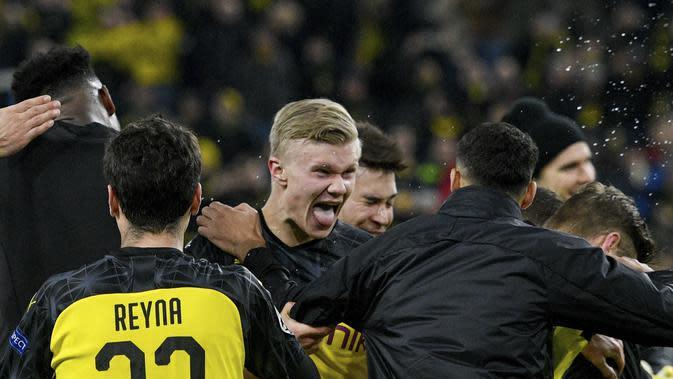 Penyerang Borussia Dortmund, Erling Braut Haaland (tengah). (AFP/Sascha Schuermann)