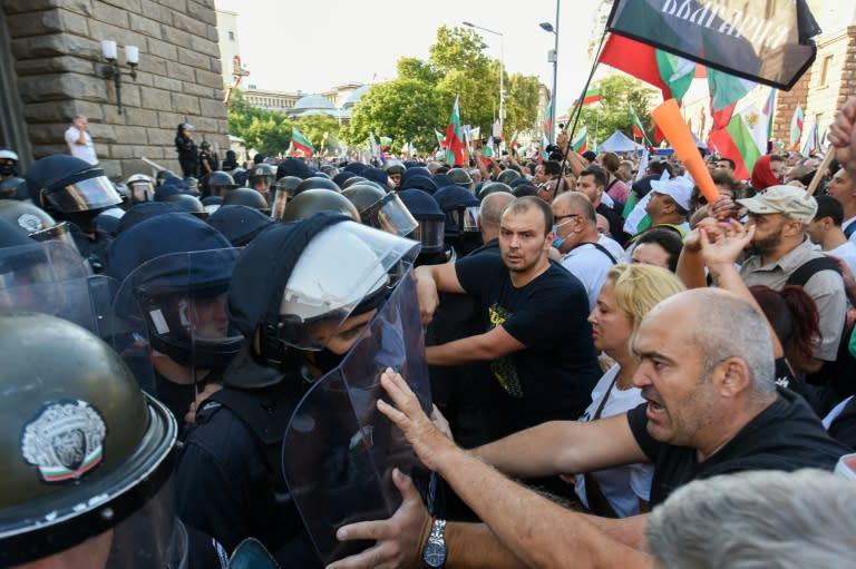 Dozens injured as protesters, police clash in Bulgaria