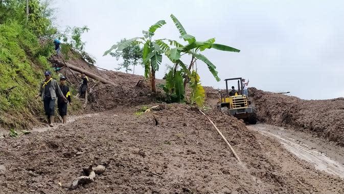 Desa Cileuksa Bogor Masih Terisolir, Ini Bantuan yang Dibutuhkan Pengungsi