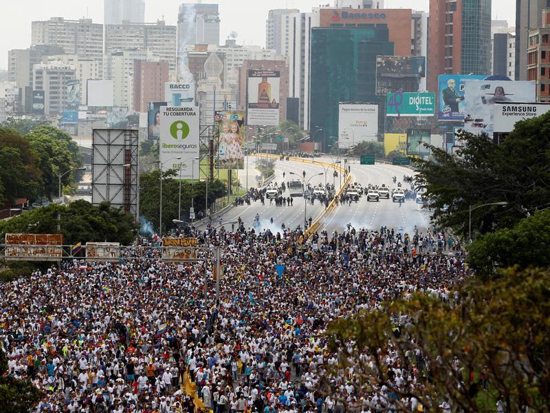 示威罷免長達5年 馬杜洛不動如山