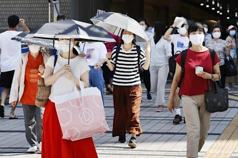 Many of Tokyo's new cases are people in their 20s and 30s. Photo: Kyodo
