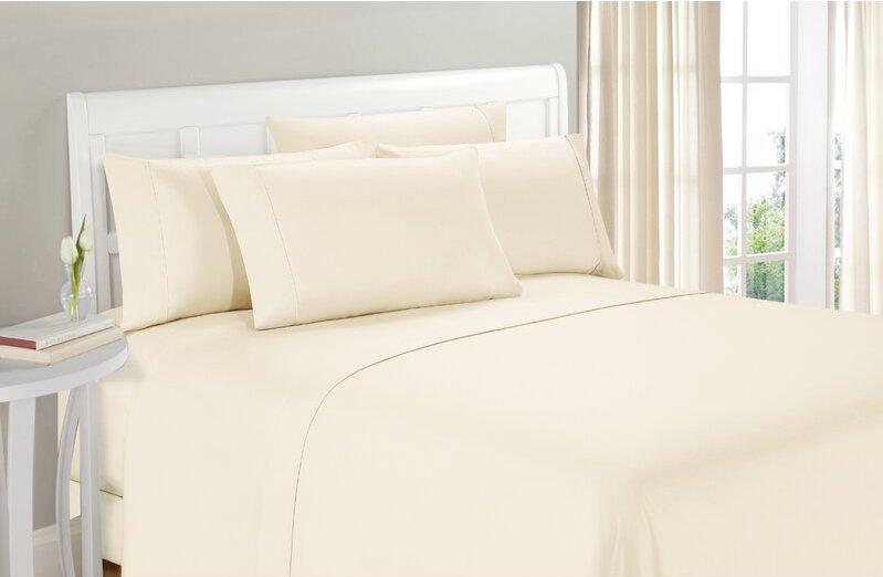 Wayfair Basics top-rated sheet set has more than 71,000 five-star reviews. Image via Wayfair.