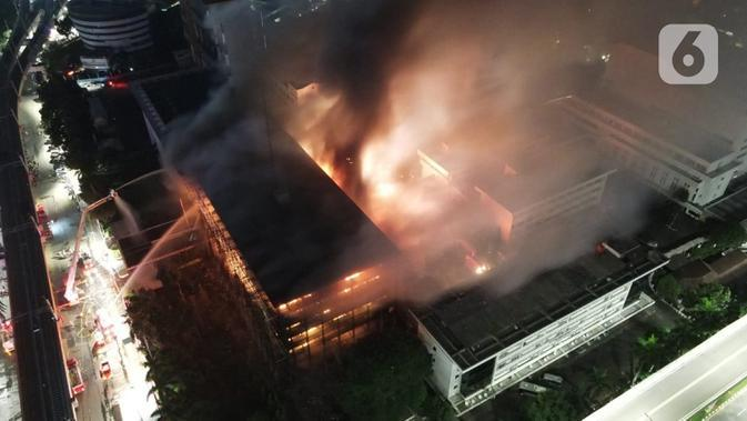 Anies Baswedan: Tak Ada Korban Jiwa di Kebakaran Kejaksaan Agung