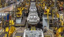 組裝工人太重要 福特:機器無法取代