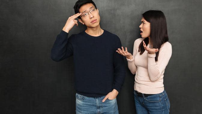 Meredakan pertengkaran./Copyright shutterstock.com