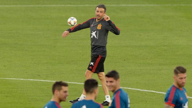 Kursi Pelatih Timnas Spanyol kembali menjadi milik Luis Enrique. (AFP Photo/Cristina Quicler)