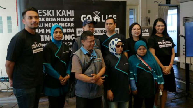 Golife kampanye #HilangkanBatasan di kawasan Kemang, Jakarta Selatan.