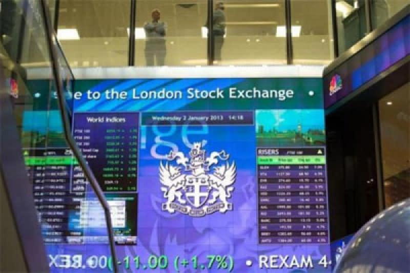Bursa saham Inggris jatuh, setelah tiga hari berturut-turut menguat