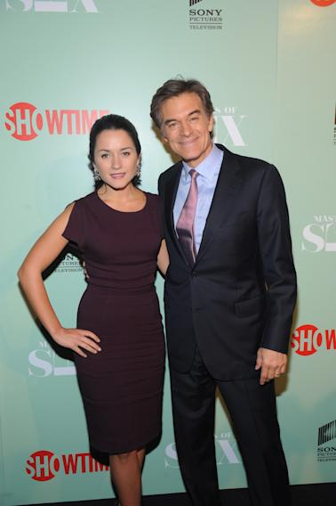 Dr. Oz with his daughter Arabella at the premiere screening of MASTERS OF SEX, hosted by SHOWTIME and SONY PICTURES TELEVISION, on Thursday, September 26, 2013 at The Morgan Library and Museum in New York City. (Photo by Brad Barket/Invision for SHOWTIME/AP Images)
