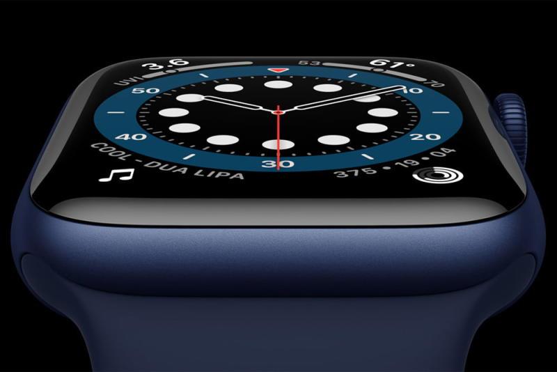 Apple_watch-series-6-Aluminum-blue-case-close-up