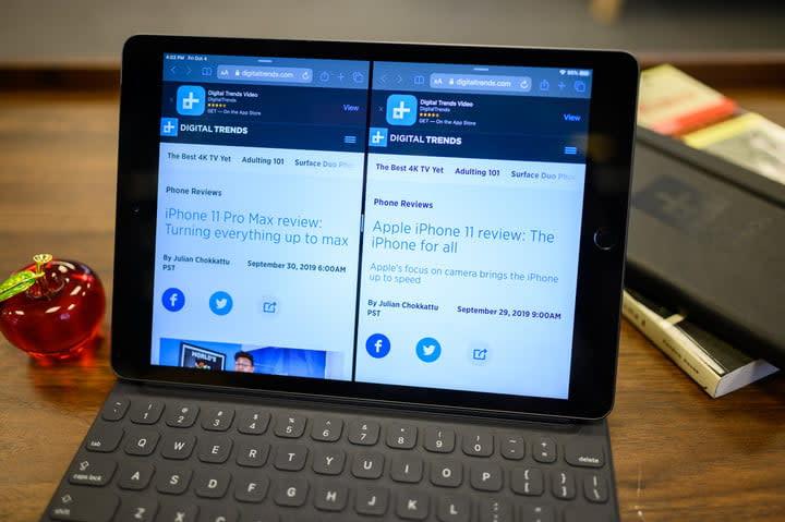 iPad 10.2-inch split view