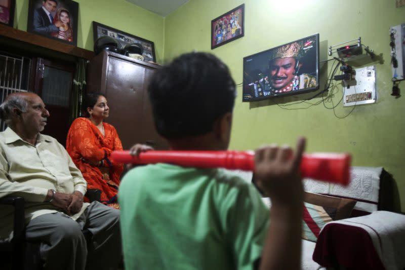Tayangan ulang drama keagamaan menghibur orang India di masa sulit