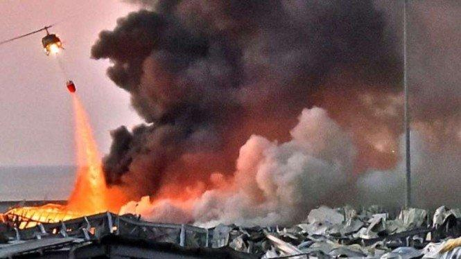 Ekspresi Mencekam Warga Lebanon Saat Ledakan Besar Guncang Beirut