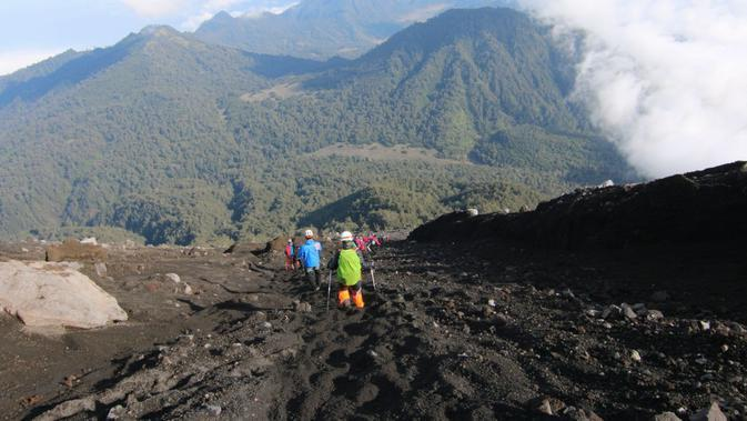 Alasan Minim Pendaki pada Hari Pertama Gunung Semeru Kembali Dibuka