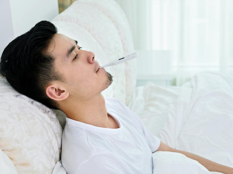 典型症狀:畏寒、高燒、發汗