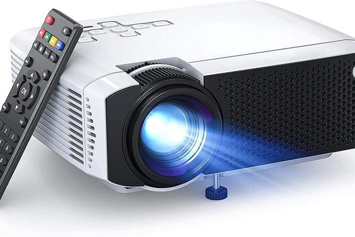 apeman-lc350-mini-projector-with remote