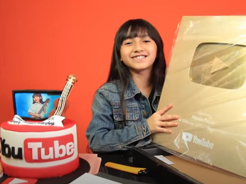 Malaysia S Youngest Top 10 Youtuber Alyssa Aims For Guinness World Record