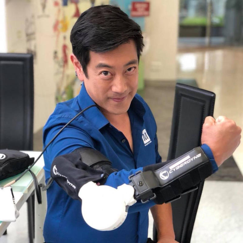 Grant Imahara, who joined the cast during the third season of the Mythbuster series, has passed away at just 49 years of age. — Picture via Facebook/Grant Imahara