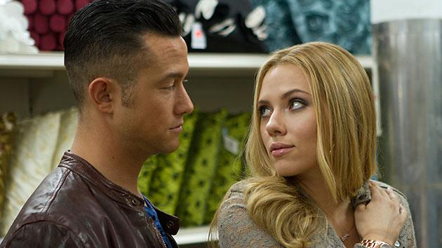 Scarlett Johannson Challenges Horndog Joseph Gordon-Levitt in the First 'Don Jon' Trailer