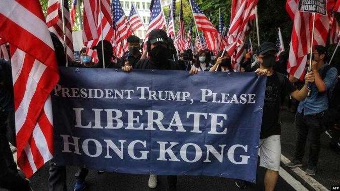 Demonstran Hong Kong meminta Presiden AS Donald Trump untuk