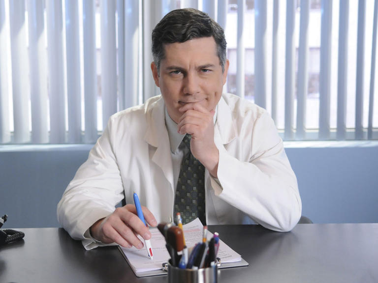 30 Rock guest stars: Chris Parnell
