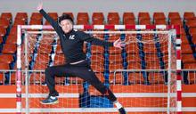 【專訪】擋下數百顆手球 資深守門員 郭嘉慶