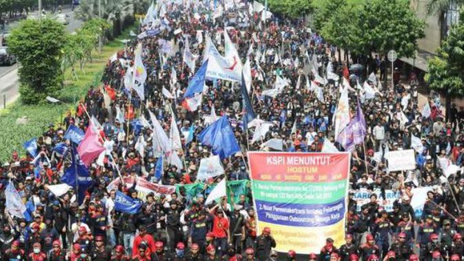 Ilustrasi Demo Buruh | via: kaskus.co.id