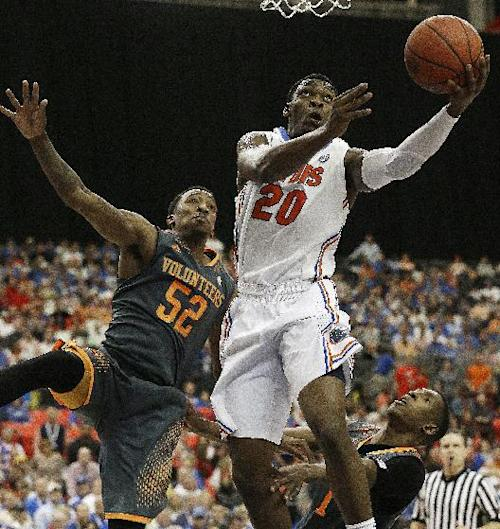 Florida wears down Tennessee 56-49 in SEC semis
