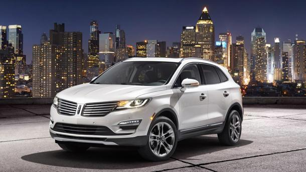 2015 Lincoln MKC small SUV arrives just in time
