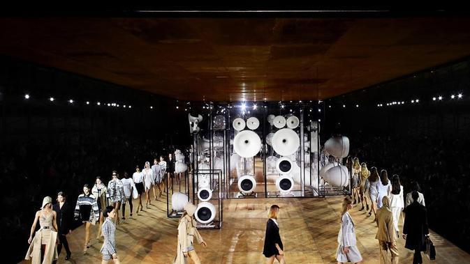 Burberry London Fashion Week 2020 (Foto: Instagram/ @burberry)