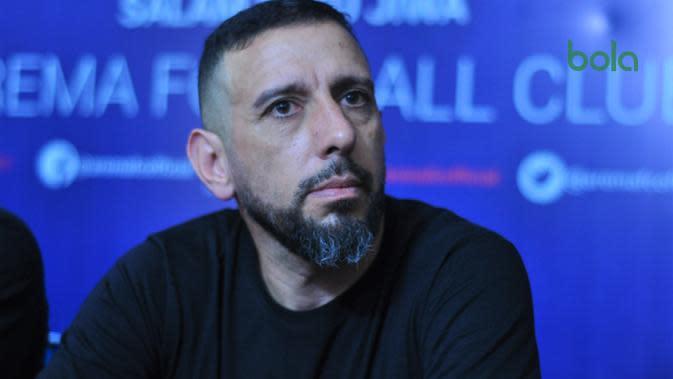 Pelatih fisik Arema FC, Marcos Gonzales. (Bola.com/Iwan Setiawan)