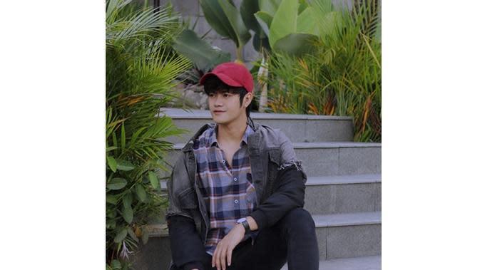 6 Potret Denias Ismail, Mantan Lesty yang Beri Ucapan Selamat Ulang Tahun (sumber: Instagram.com/denidenias)
