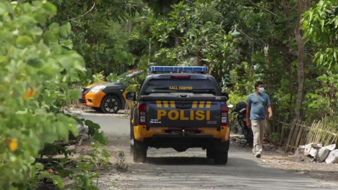 Densus 88 Geledah Rumah Terduga Teroris di Sleman