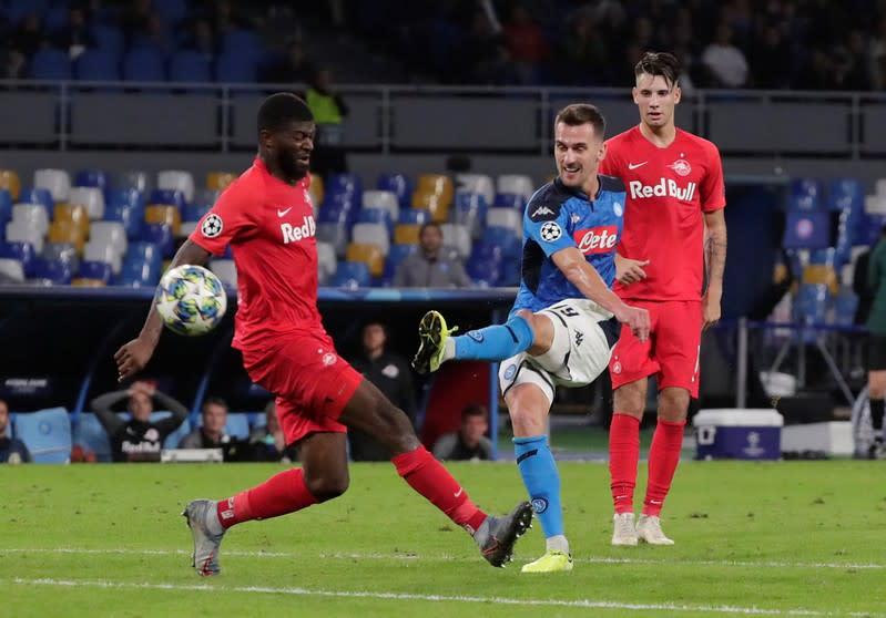 Champions League - Group E - Napoli v FC Salzburg