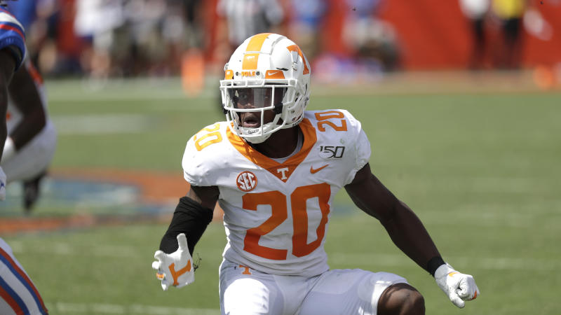 Tennessee defensive back Bryce Thompson covers a play by Florida during the second half of an NCAA college football game, Saturday, Sept. 21, 2019, in Gainesville, Fla. (AP Photo/John Raoux)
