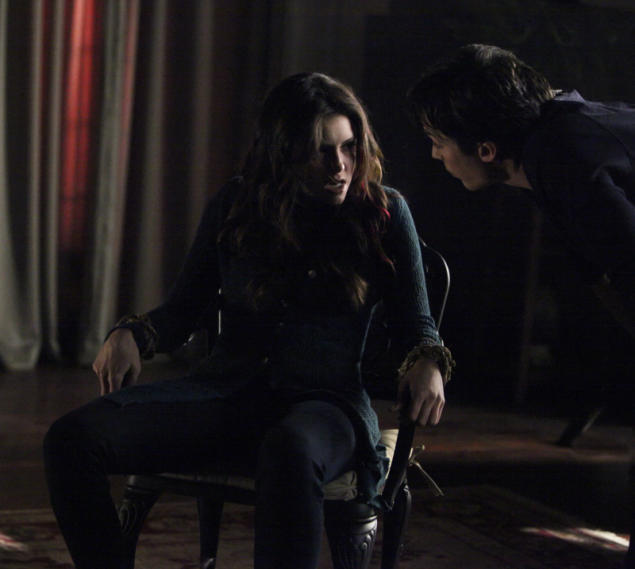 """The Vampire Diaries"" -- ""She's Come Undone"""