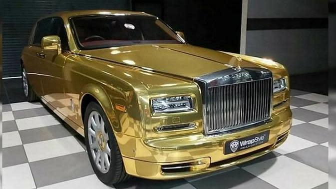 Rolls Royce Emas Disulap Jadi Taksi? (Foto: Carscoops)