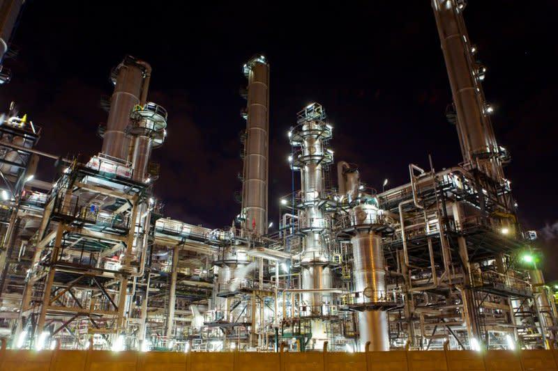 EIA revisi naik perkiraan harga minyak tahun ini