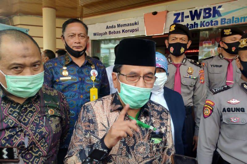 Menteri ATR serahkan 69 sertifikat tanah JTTS